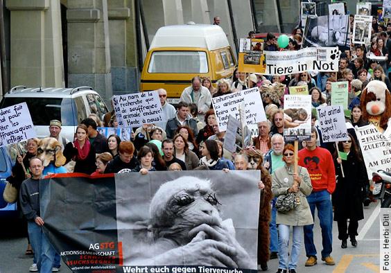 Demonstration und Aktionstag für die Abschaffung aller Tierversuche - 27.09.2008 in Bern